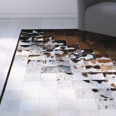 Madge Brown/Natural Area Rug