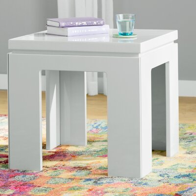 Belwood Modern End Table Finish: Off White