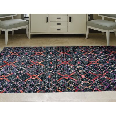 Sanford Hand-Tufted Red/Black Area Rug Rug Size: Rectangle 56 x 86