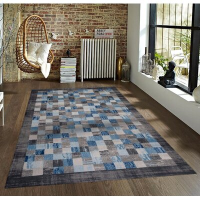 Bennet Gray/Blue Indoor/Outdoor Area Rug Rug Size: 5 x 7