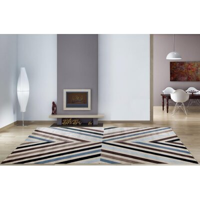 Bennet Blue/Brown Indoor/Outdoor Area Rug Rug Size: 52 x 72
