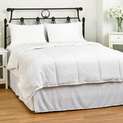 Lucas Reversible Comforter Size: Full / Queen, Color: White
