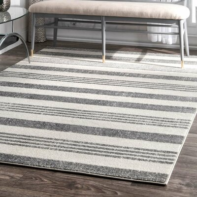 Hayley Gray/Ivory Area Rug Rug Size: Rectangle 4 x 6