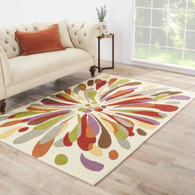 Angelina Floral Indoor/Outdoor Area Rug Rug Size: 36 x 56