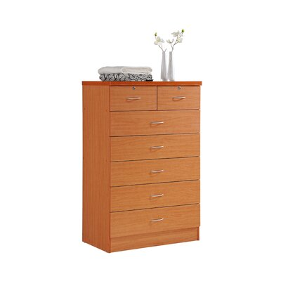 Chesapeake 7 Drawer Chest Color: Cherry