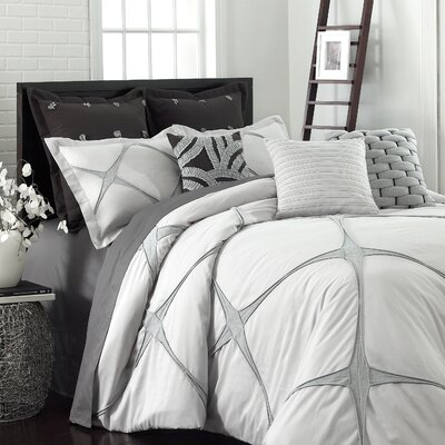 Bonie Comforter Set Size: Queen