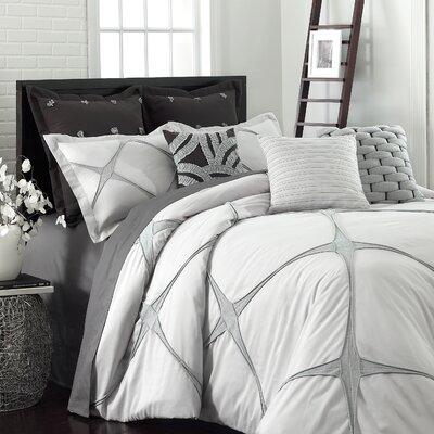 Bonie Comforter Set Size: Twin