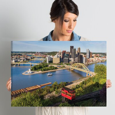 'Pittsburgh Skyline with Duquensne Incline' Photographic Print on Wrapped Canvas Size: 16