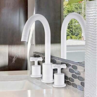 Prima 3 Widespread Double Handle Bathroom Faucet
