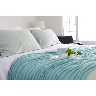 3 Piece Reversible Duvet Cover Set Size: King, Color: Sea Foam