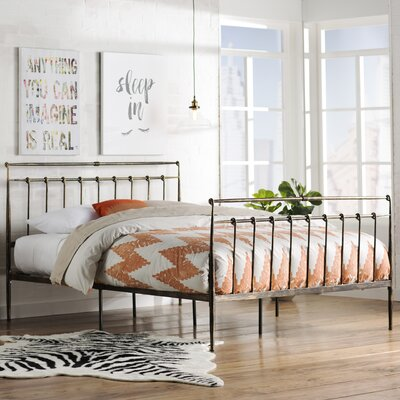 Hanke Platform Bed Size: Queen