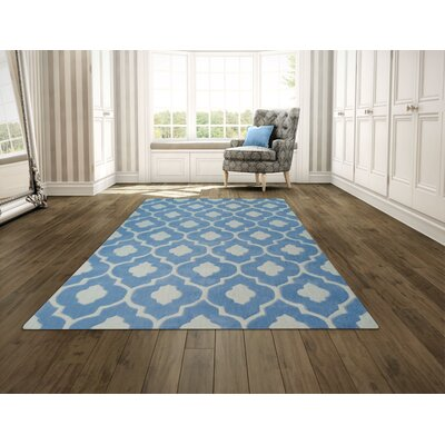 Hand Carved Trellis Sky Blue/White Area Rug Rug Size: 5 x 7