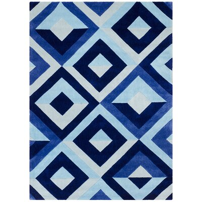 Hand Carved Diamond Blue/White Area Rug Rug Size: 5 x 7