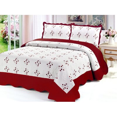 Reversible Quilt Set Color: Burgundy, Size: King
