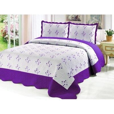 Reversible Quilt Set Color: Purple, Size: Twin