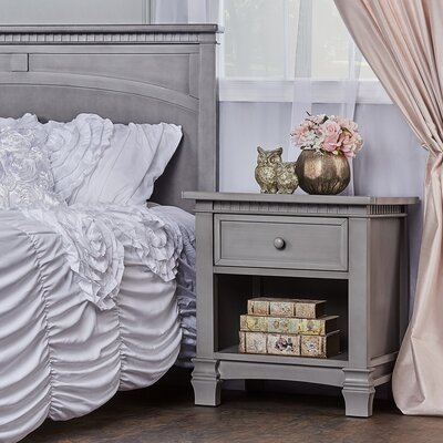 Cheyenne 1 Drawer Nightstand