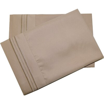 Oldbury Soft and Comfortable Pillow Case Color: Cappuccino, Size: Standard