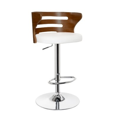 Geordi Lounge Chair Upholstery: White