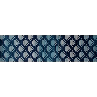 Seaport Waves Navy Indoor/Outdoor Area Rug Rug Size: Round 710