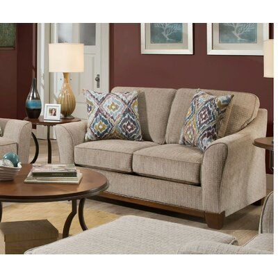 Ararinda Loveseat
