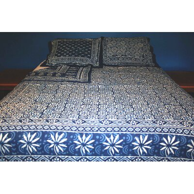 Bruthen Indigo Dabu Reversible Block Printed 3 Piece Duvet Cover Set