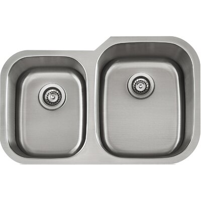 Apogee 32.38 x 9 Stainless Steel Uneqaul Double Bowl Undermount Kitchen Sink