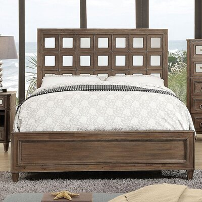 Lia Platform Bed Size: Queen