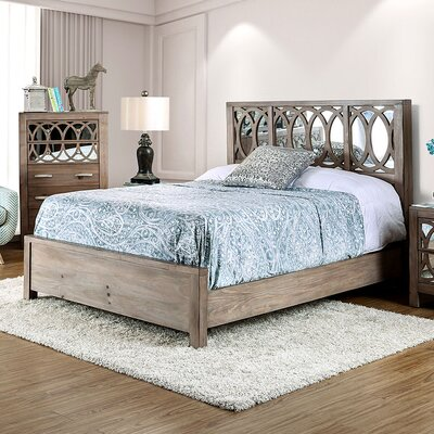 Zaragoza Panel Bed Size: California King