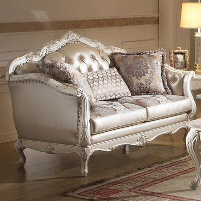 Chantello Loveseat