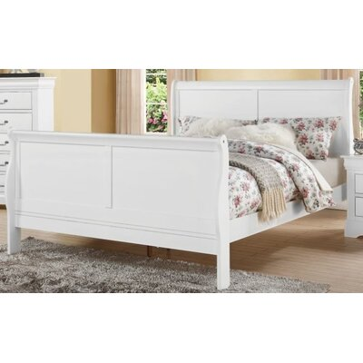 Trafford Sleigh Bed Size: European King, Color: White