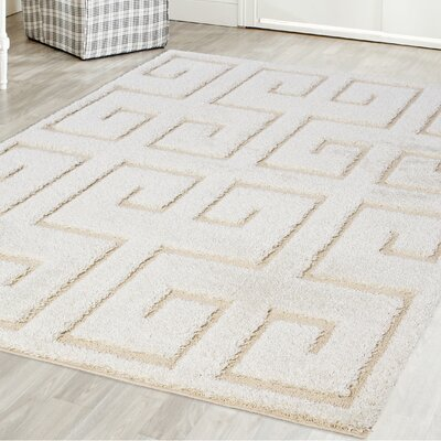 Marylyn Platinum Shag White Area Rug Rug Size: 52 x 72