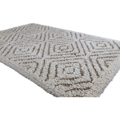 Graccioza Cottage Bath Rug Size: 20 W x 31 L