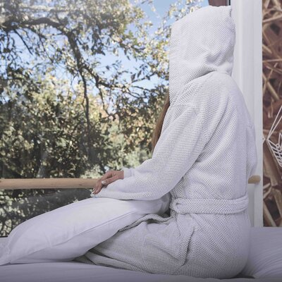 Graciozza Bio Luxury Linen Waffle Bathrobe Size: Medium