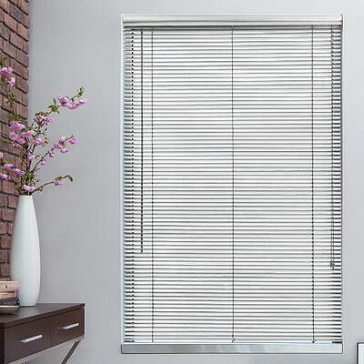 1 Silver Metal Blinds Width: 31, Length: 72
