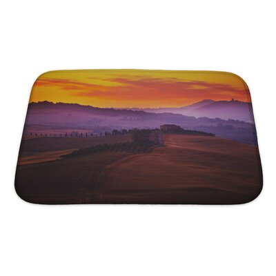 Landscapes Tuscany at Sunset in Summer Bath Rug Size: Small