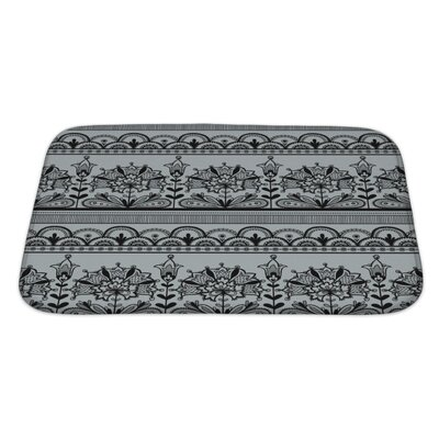 Gecko Lace Pattern Bath Rug Size: Large