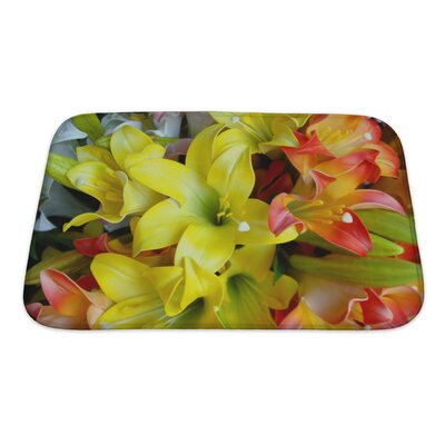 Flowers Details of Selection of Flowers Bath Rug Size: Small