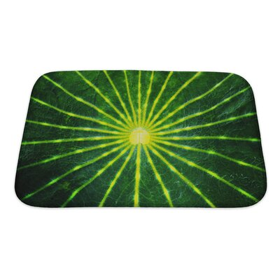 Gamma Close-Up Lotus Leaf Bath Rug Size: Small