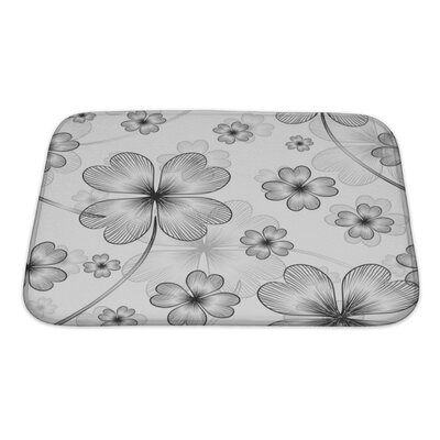 Beta Elegant with 4 Leaf Clovers Bath Rug Size: Small