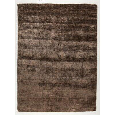 Platinum Hand-Woven Fuchsia Area Rug Rug Size: 83 x 116