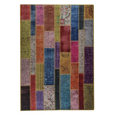 Adna Hand woven Pink/Green/Blue Area Rug Rug Size: 52 x 76
