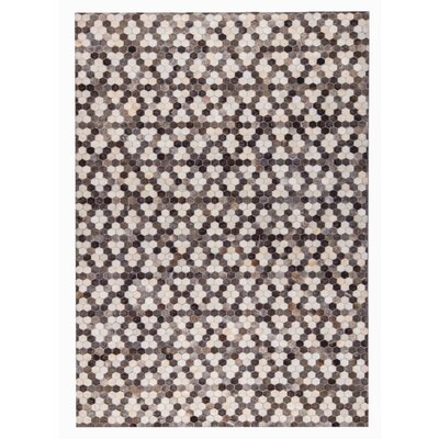 Star Hand Woven Gray/White Area Rug Rug Size: 5 x 8