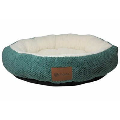 Cozy Dog Bed Color: Green, Size: 2.5 H x 28 w x 28 D