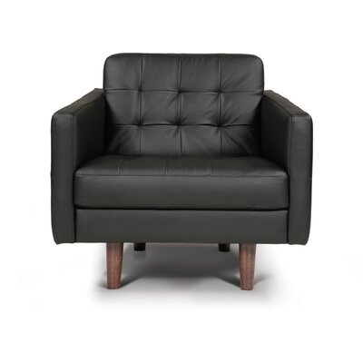 Venere Chair Leather Armchair