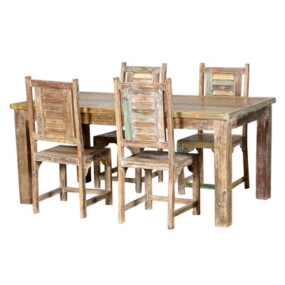 Desirae Dining Table Size: 84