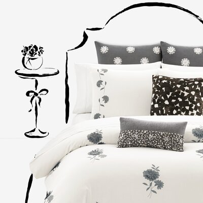 Lacey Daisy Duvet Cover Size: Full/Queen
