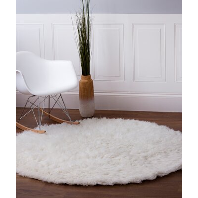 Lawanda Handmade White Area Rug Rug Size: Rectangle 5 x 7