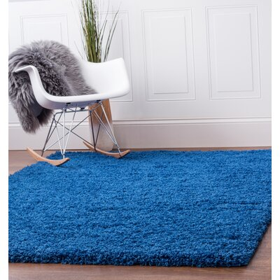 Blue Area Rug Rug Size: 33 x 53