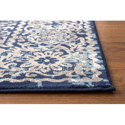 Rosie Transitional Medallion Distressed Blue/Gray Area Rug