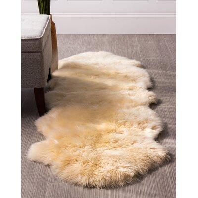 Moquin Genuine Fur Double Pelt Handmade Shag Sheepskin Champagne Area Rug